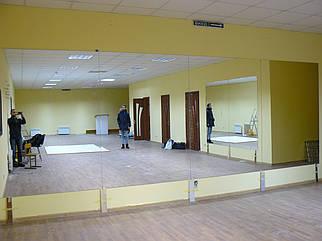 Зеркала для танцевальных, тренажёрных залов на заказ.