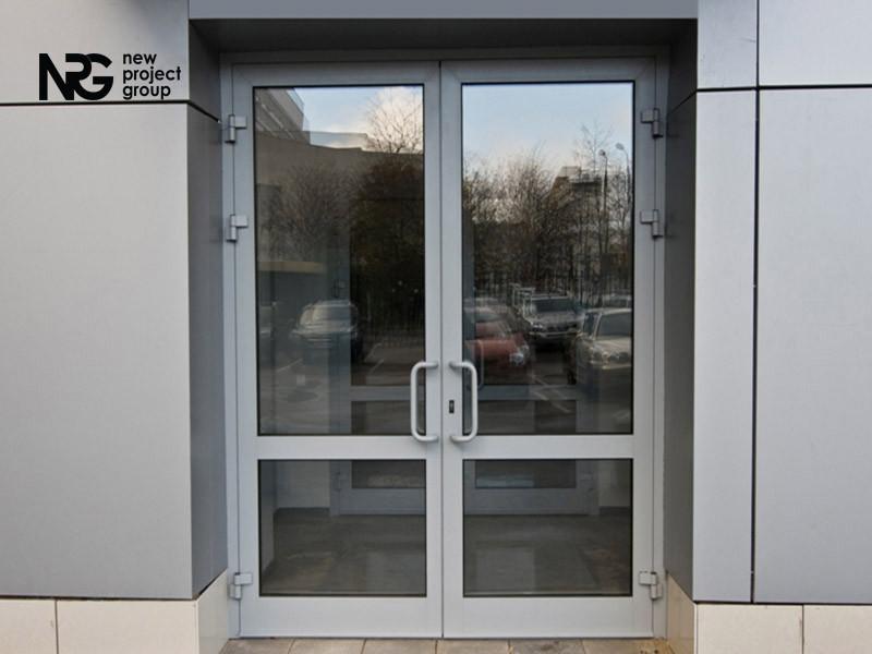 Дверь алюминиевая входная цена