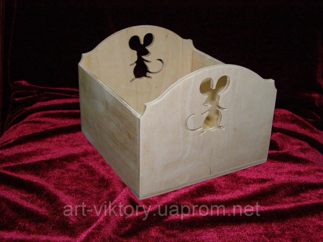 Короб с мышкой (15 х 15 х 12 см)