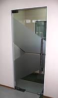 Одностворчатая стеклянная маятниковая дверь