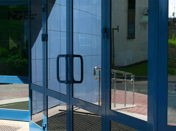 Двери алюминиевые входные