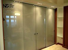 Раздвижные стеклянные межкомнатные двери
