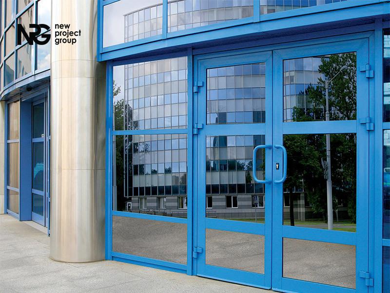 Алюминиевые двери входные