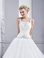 """Утонченное свадебное платье силуэта """"Принцесса"""" с удлиненным корсетом"""