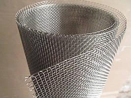 Сітка ткана з нержавіючої дроту. Осередок: 2,5 мм, Дріт: 0,5 мм, Ширина 1м.