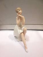 Фарфоровая статуэтка Балерина в пуантах
