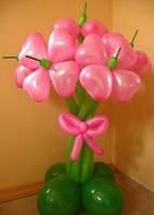 Букет из воздушных шариков, цветы из воздушных шариков. В букете 5 цветков.