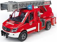Пожарная машина Bruder МВ Sprinter с лестницей М1:16 (02532)