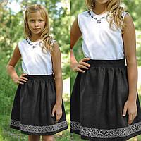Белая вышитая блуза и черная вышитая юбка для девочки, фото 1