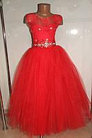 Бальное платье на девочку красное.