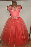Бальное платье на девочку коралловое.