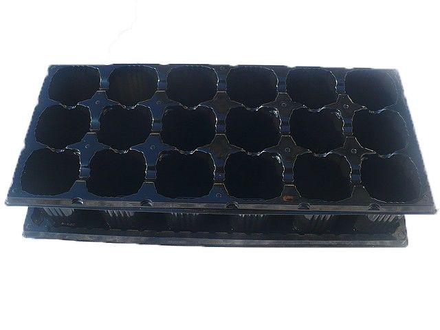 Пластиковая  кассета для рассады на 18ячеек (+поддон) яч (d) 60х45х75 (h)  ДімСадГород
