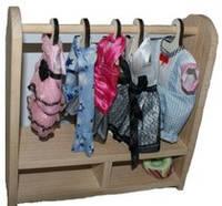 Гардероб з вішачками для речей ляльки вашої донечки