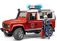 Пожарный джип с фигуркой пожарного Bruder Land Rover Defender М1:16 (02596)