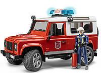 Пожарный джип с фигуркой пожарного Bruder Land Rover Defender М1:16 (02596), фото 1
