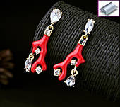 Сережки червоні гілка з камінням білого кольору