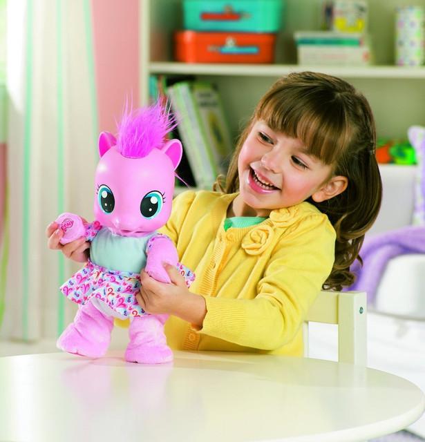 Для девочек (куклы, пупсы, кухни, игровые наборы и т.д.)