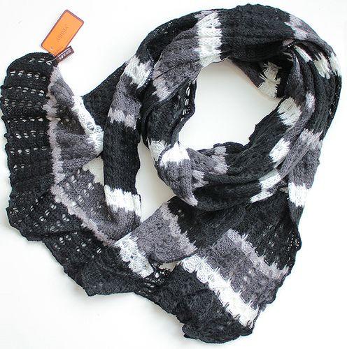 Практичный полосатый женский теплый шарф 180 на 50 V1731_4 черный