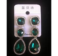 Красивые серьги с зелеными камнями и кристаллами 5,5см