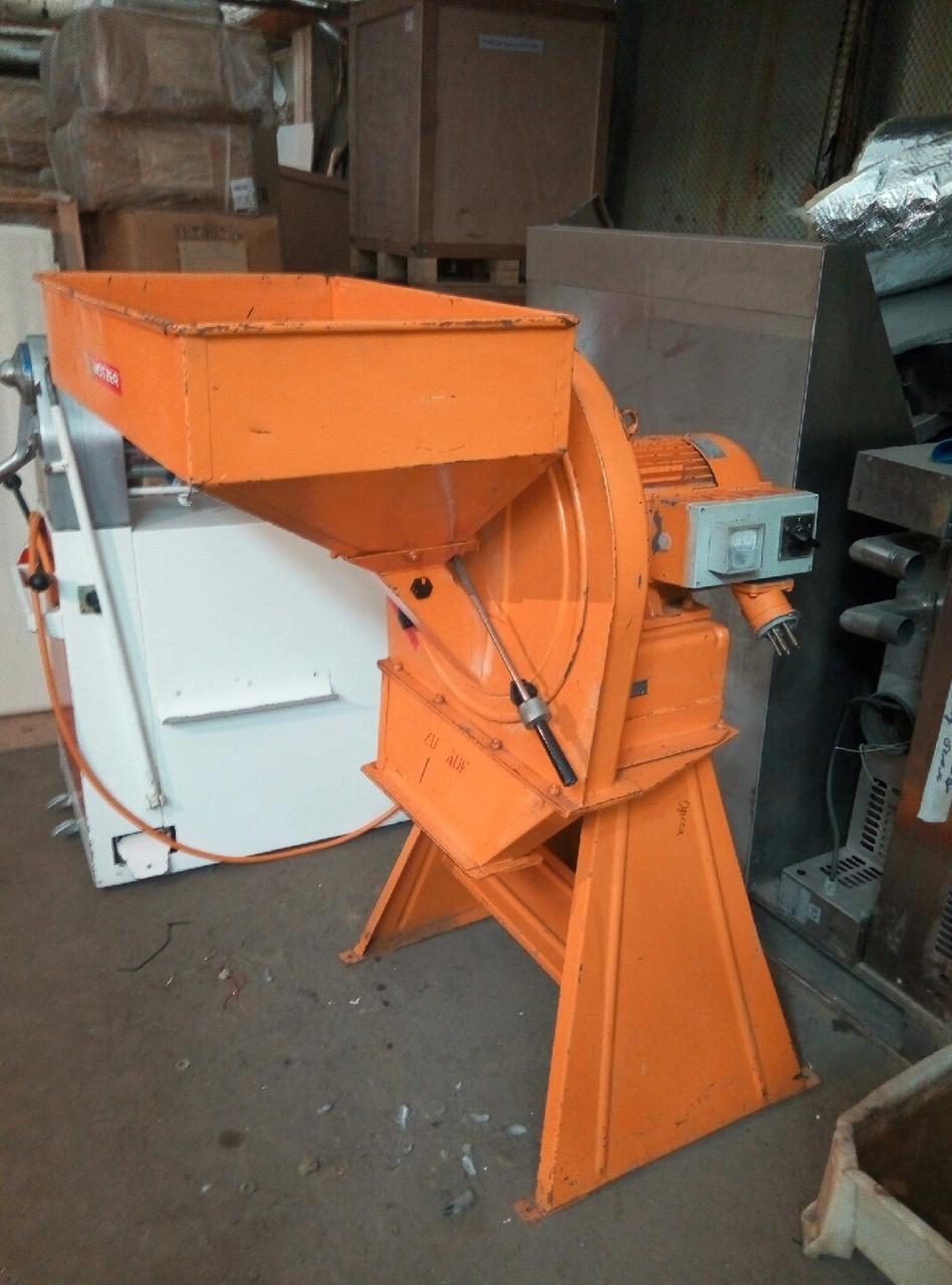 Универсальная молотковая дробилка промышленная для сухарей и др. 800 кг/час Германия