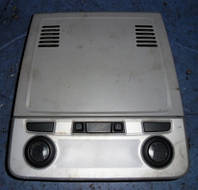 Плафон салонный переднийBmw3 E902005-2013913748101