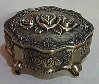Шкатулка из мельхиора под бронзу