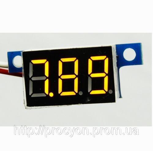 Цифровой вольтметр 3.3-17 желтый