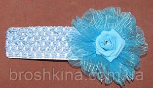Ажурная детская повязка с латексной розой голубая