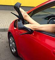 Элегантные женские туфли рептилия лаковые каблук 13,5 см + платформа. Цвет черный