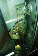 Замена петель двери передней левой в Одессе