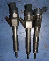 Форсунка дизель электрRenaultKangoo 1.9dCi 1997-2007Bosch 0445110110b , 8200100272 ( взаемозаменяемые номе