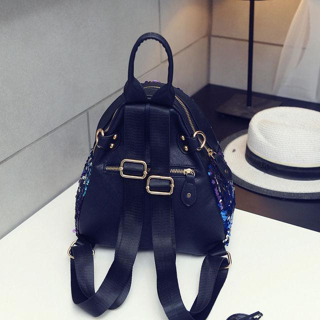 Модный рюкзак для девочки