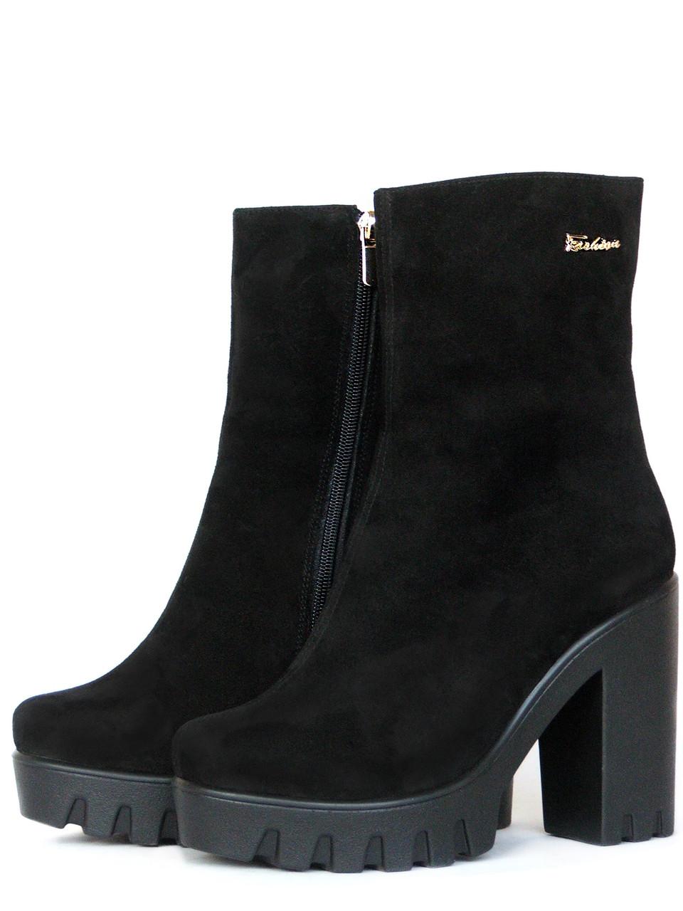 c1e076137 Замшевые ботинки на каблуке 39, цена 1 639 грн., купить в Запорожье —  Prom.ua (ID#443698111)