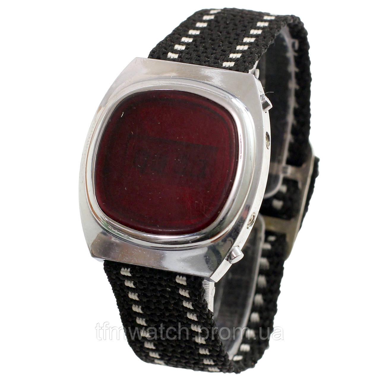 2371e0bd Электронные часы СССР: продажа, цена в Москве. часы наручные и ...