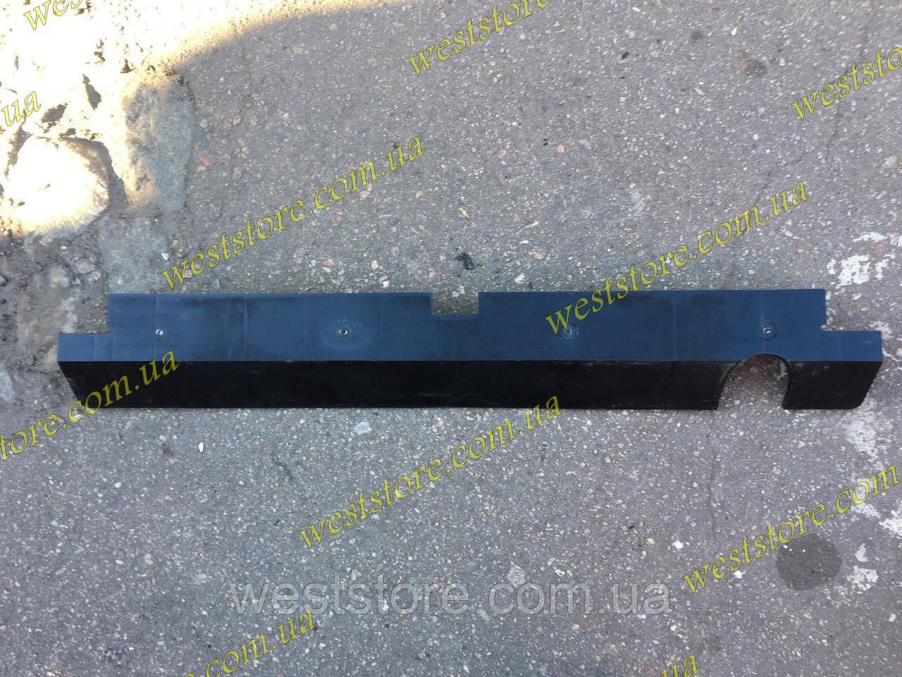 Спойлер заз 1102 таврия задний нижний 11021-5107082. Производство Украина.