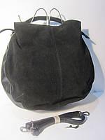 Черная замшевая сумка с цепочкой