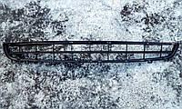 Решетка радиатора Рено Лагуна 2