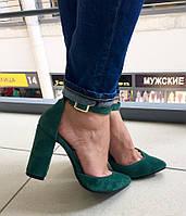 Элегантные женские туфли на широком каблуку, подошва тракторная, на ремешке, натур. замша. Цвет зеленый