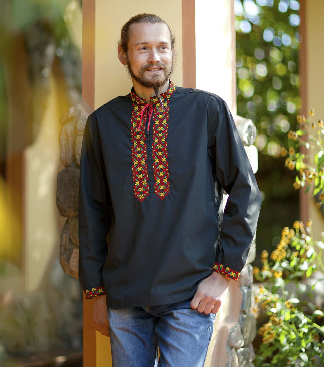 79d445459519 Вышиванка мужская черная с оригинальной разноцветной вышивкой . Длинный  рукав . Разм S - XL .
