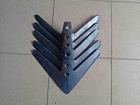 Лапа 330 КПС напл. Н 043.052.008-Н Борированная сталь