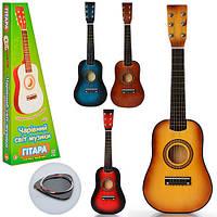Детская гитара со струнами M 1369, дерево, запасная струна, медиатор, в коробке, 4 цвета, возраст 3+