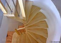 Веерная лестница из массива ДУБ под заказ