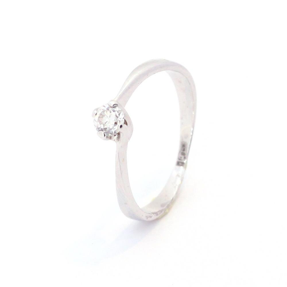 Золоте кільце з діамантом