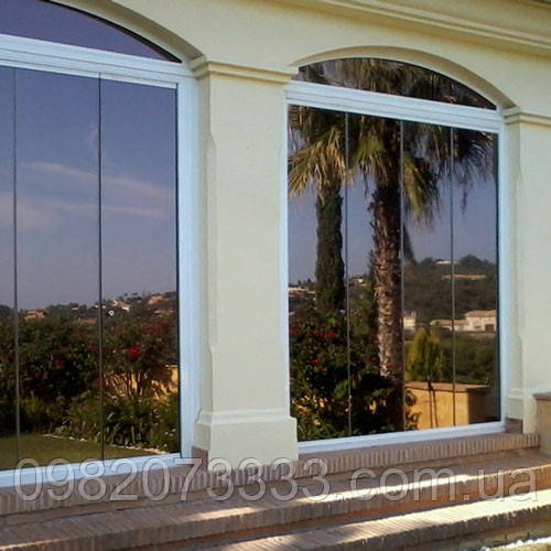 Архитектурная солнцезащитная тонировка стекол пленкой Sun Control HP Bronze 20