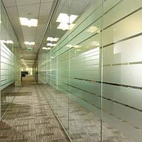 Декоративное интерьерное тонирование пленкой офисных перегородок Искорка, фото 1