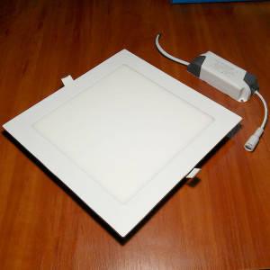 Светильник точечный светодиодный 18Вт врезной Biom квадратный теплый белый свет, фото 2