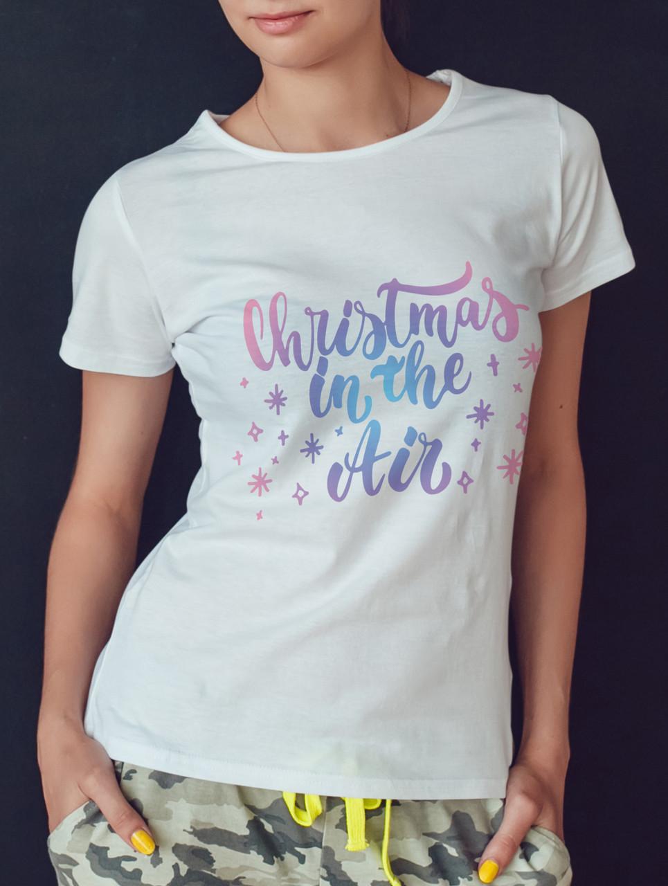 "Женская футболка ""Christmas in the air"""
