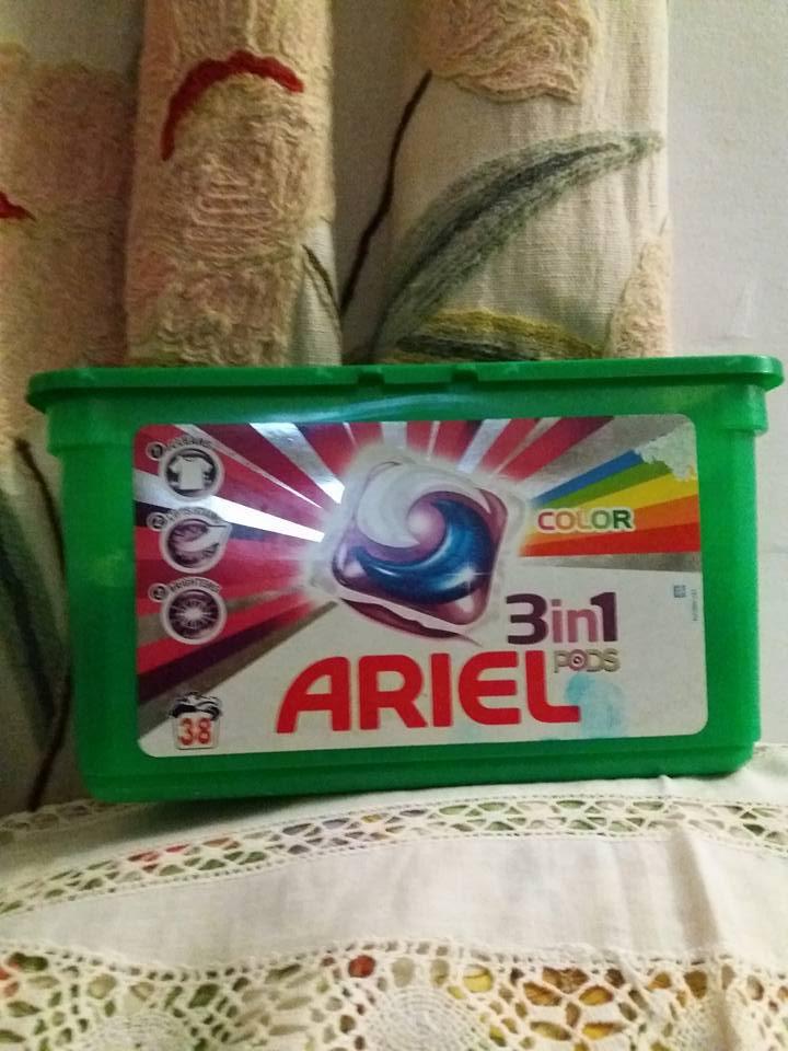 Ariel капсулы 3 в 1  /28штук в упаковке/