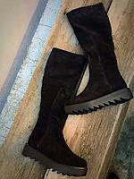 Высокие женские зимние сапоги замшевые черного цвета, качественна зимняя обувь от производителя