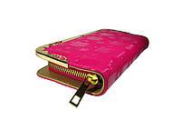 Женский лакированный кошелек цвет розовый